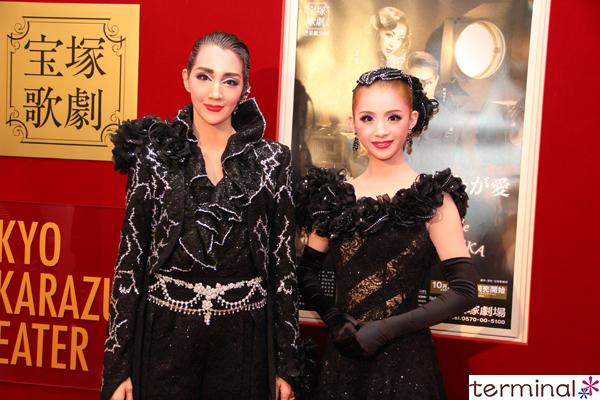 宝塚歌劇 星組公演『ベルリン、わが愛』『Bouquet de TAKARAZUKA』紅 ゆずる、綺咲 愛里   囲み取材