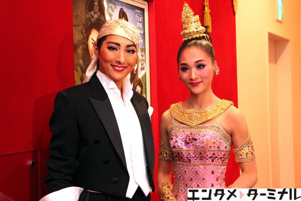 宝塚歌劇 月組公演『夢現無双』『クルンテープ 天使の都』珠城 りょう、美園 さくら 囲み取材