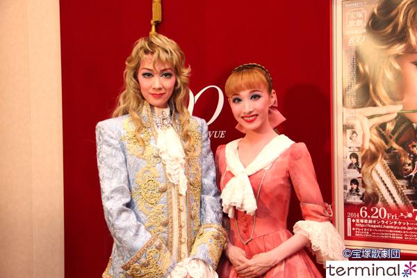 公演について(公演資料より) 東京宝塚劇場で、宙組公演が始まりました。... 宝塚歌劇 宙組公演