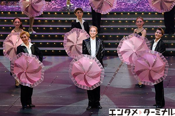 OSK日本歌劇団『レビュー春のおどり』新橋演舞場公演が千穐楽 桐生麻耶さんがトップスターラストステージを迎えました