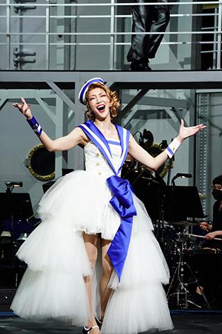 明治座 ブロードウェイ・ミュージカル『エニシング・ゴーズ』公開舞台稽古が行われました。(舞台写真掲載)