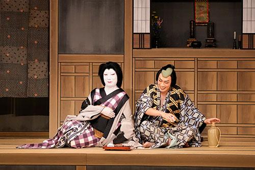 歌舞伎座「十月大歌舞伎」公演レポート、舞台写真掲載